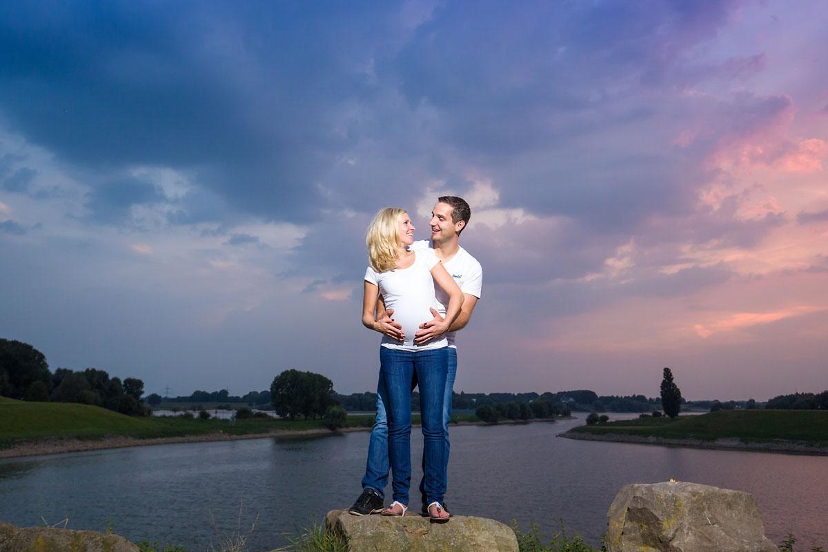 Fotos BabybauFotoshooting Babybauch Dinslakench Duisburg